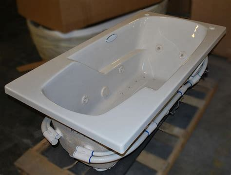 32 quot x60 quot drop in dual jetted bathtub 8 water 22 air
