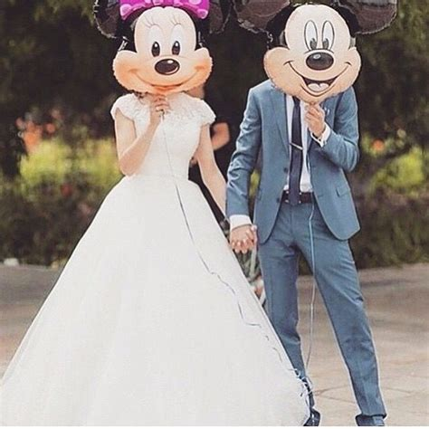 Balon Wedding Groom and groom mickey and minnie balloons disney