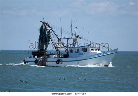 the shrimp boat shrimp boat gulf of mexico stock photos shrimp boat gulf