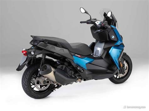 Motorrad Bmw 400 by New Smaller Bmw Scooter Introduced The C400x Bmw