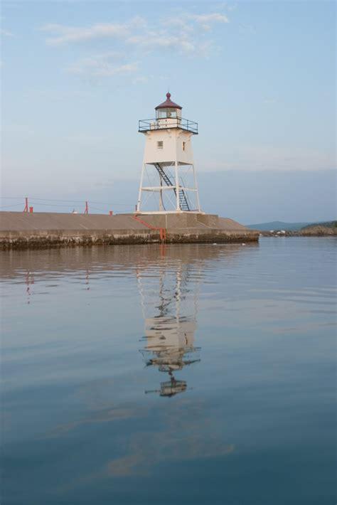 lighthouses  western lake superior lake superior magazine