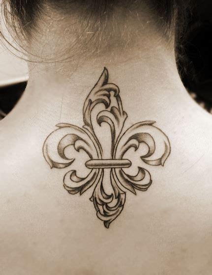 collection of 25 fleur de lis collection of 25 back neck fleur de lis design