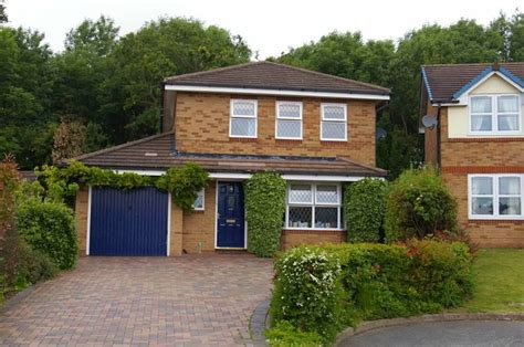 4 bedroom houses for sale in telford 4 bedroom house for sale in 14 dean close priorslee