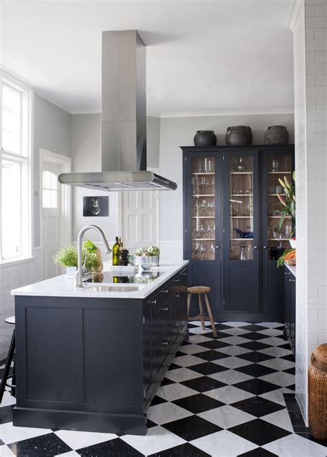 black and white pattern kitchen floor inspiration d 233 co carrelages originaux picslovin