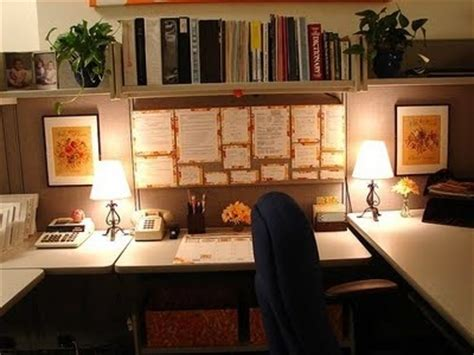 how to make your office cozy 1000 images about cubicle sweet cubicle on pinterest