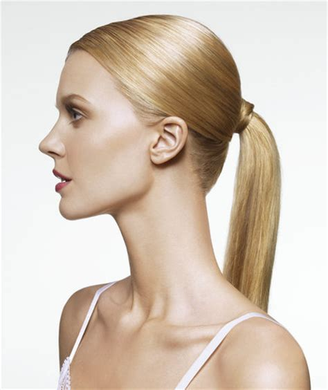 3 easy everyday ponytail hairstyles for medium to long medium to long hair if you have 2 minutes simple