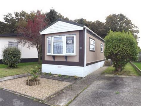 1 bedroom mobile homes for sale bedroom mobile home for sale hamble park fleet end road