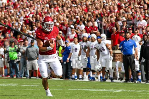 3 And 4 Grade Mba Basketball Mayfield Record by Oklahoma Football Baker Mayfield To Be Featured On Espn