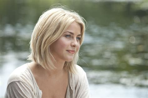 safe haven hairstyles safe haven star julianne hough had work little medium