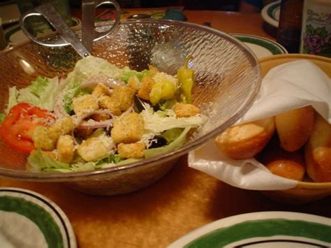 Olive Garden Salad Price by Olive Garden Salad And Breadsticks These Are A Few Of