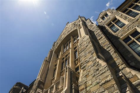 Georgetown Mba Early Decision by Early Admissions Rate Falls Slightly To 13