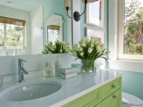 decorating a bathroom small bathroom decorating ideas hgtv