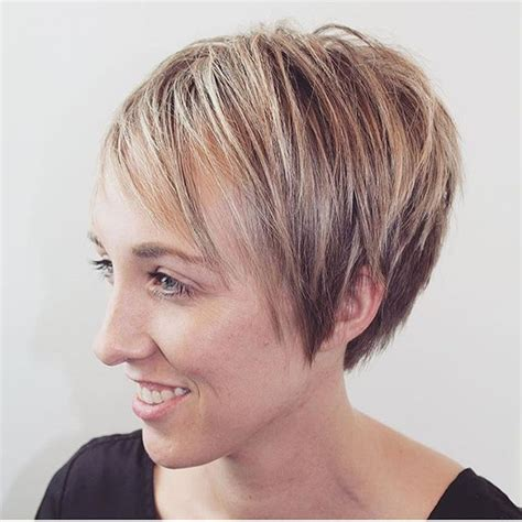 hairstyles for very short thin hair with short edges short pixie cut for fine thin hair pretty designs