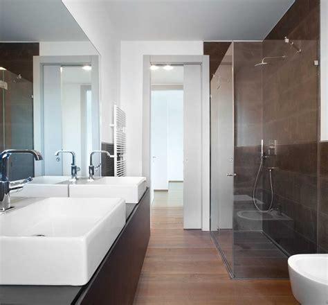 porte da bagno come scegliere la porta scorrevole per il bagno cose di casa