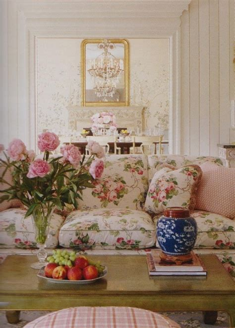 chintz couch chintz couch chintz a perfect pattern you decide