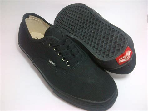 Sepatu Vans Authentic vans classic all black beautymix nu
