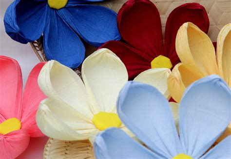 wedding 10 big handmade paper flowers crepe paper
