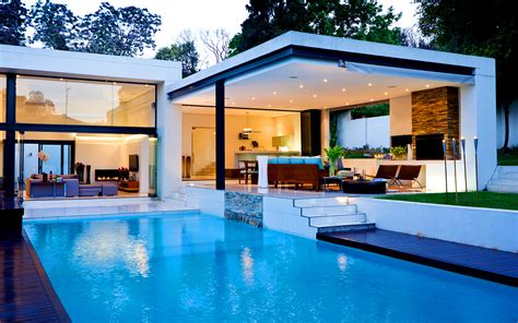 house with pool citilights aire