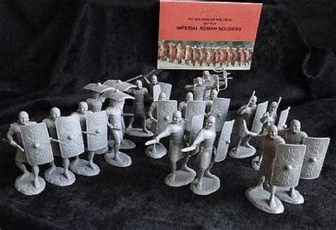 model boat figures 1 32 imperial roman soldiers figure playset 20 plastic model