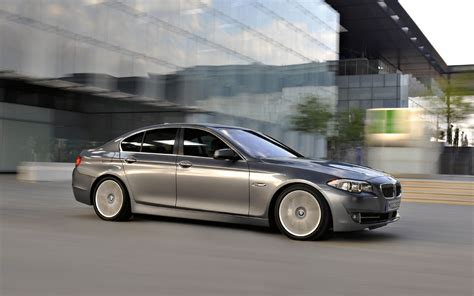 Bmw Car Wallpaper Photo Editor by Bmw 5 Series 528i 535i 550i M5 Free Widescreen
