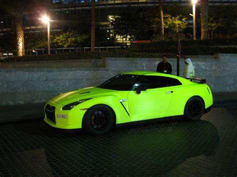 lada a fluorescenza overkill ή όχι φωσφορούχο πράσινο nissan gt r autoblog gr