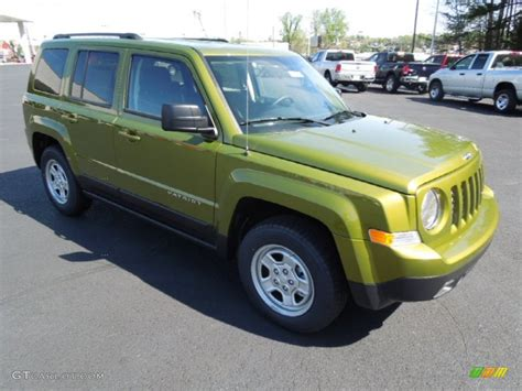 green jeep patriot 2012 rescue green metallic jeep patriot sport 62976641