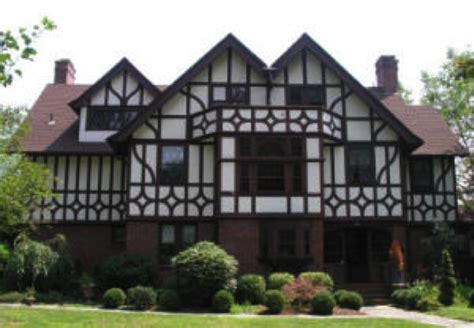 tudor house tudorific pinterest top 28 what makes a tudor house joanne tinley