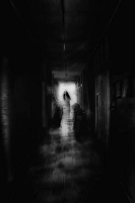 dark hallway dark scary hallway www imgkid com the image kid has it