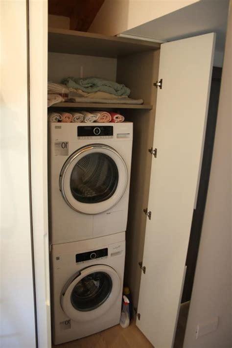 armadi per lavatrici mobili su misura per mansarda porta lavatrice ed
