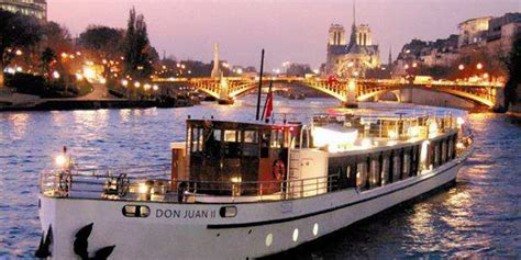 paris boat trip dinner seine river cruises paris insiders attractions guide