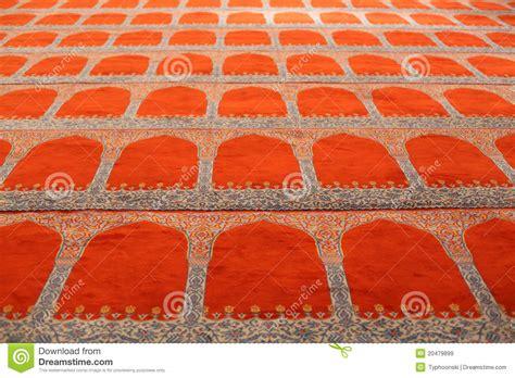 moschee teppich teppich in einer moschee lizenzfreie stockbilder bild