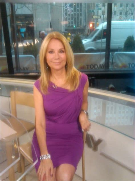 does kathy lee gifford wear extensions kathie lee gifford in david meister on the guest list