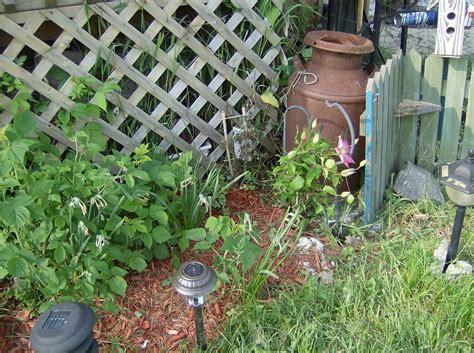 Repurposed Garden Decor The Creatively Green Write At Home Repurposed Garden Decor