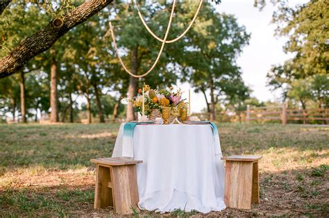 Promo Best Treehouse Board bohemian treehouse wedding inspiration 100 layer cake