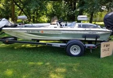 chion boat seats 1993 chion 180 dcx elite in nekoosa wi detail classifieds