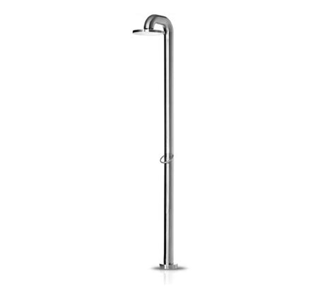 jee o outdoor shower jee o fatline 01 outdoor showers from jee o architonic