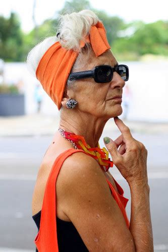 pic of 70 yr old woman dresses for women over 70 stylish looks