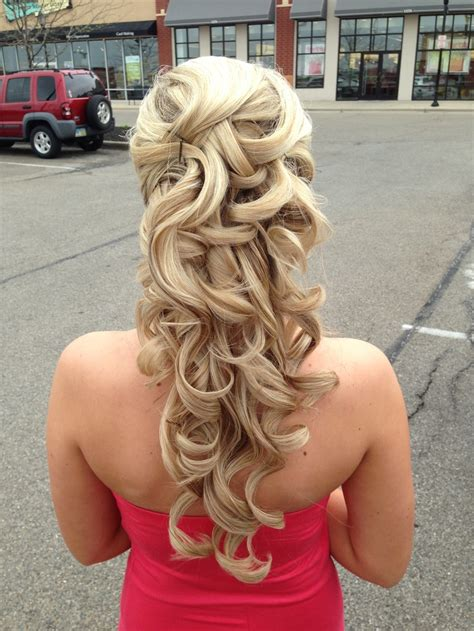 hairstyles with curls up curly hairstyles for prom half up half down twist 2018