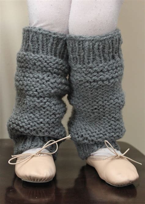 knitting pattern leg warmers straight needles little girls knit legwarmers a pattern smashed peas