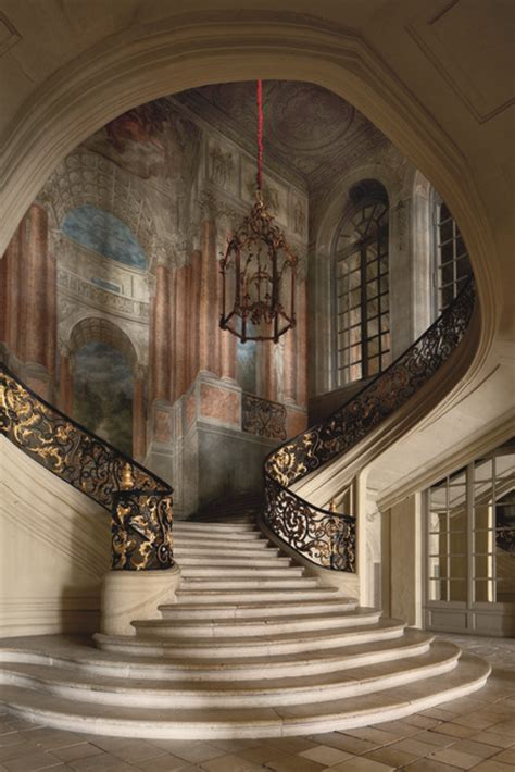 amazing staircases upstairs downstairs the world s most amazing staircases