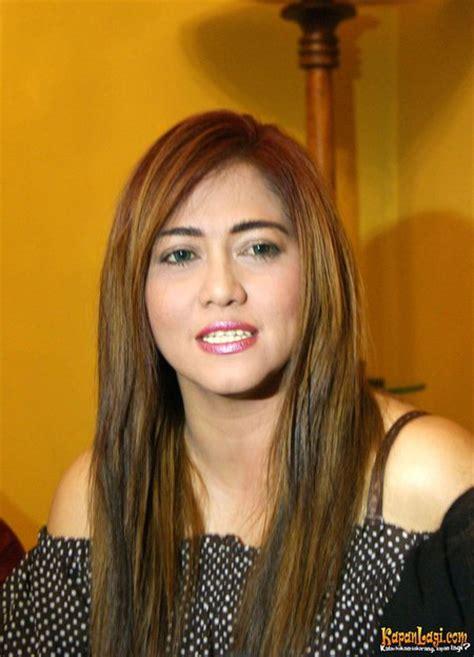 aktris hot film panas indonesia era 90 an 10 artis jadul paling hot di indonesia yunieka