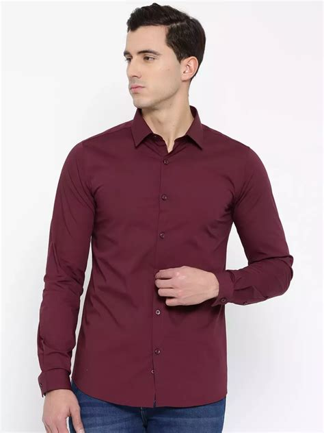 what color should i wear what color of should i wear with a maroon shirt quora