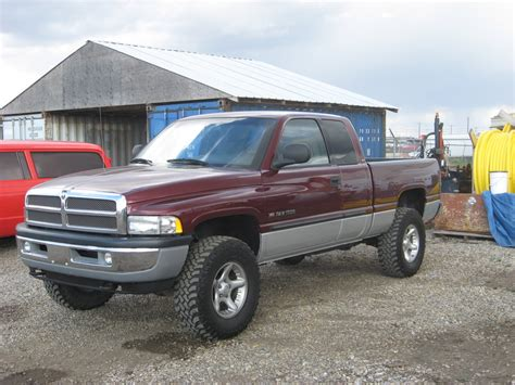2001 dodge ram single cab adamcn 2001 dodge ram 1500 regular cab specs photos