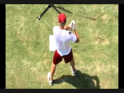 derek jeter swing trainer how the derek jeter hurricane baseball batting trainer