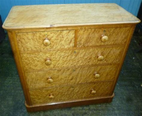 birdseye maple chest of drawers victorian birds eye maple chest of drawers 202752
