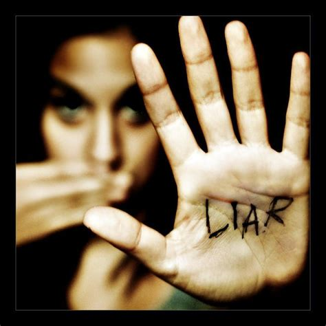 liar s facial profiling how to spot a liar in 20 seconds flat