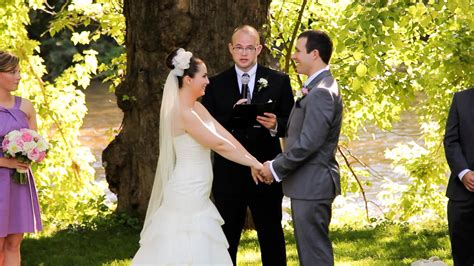 officiating a wedding ideas a friend officiate your wedding 2014 wedding tips