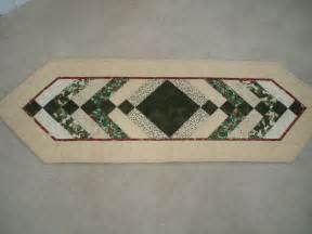 easy to make table runner quilted table runners