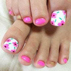Stewart Gets Nails Toes Did by I Might Do With White Flowers That Way The Toes Would
