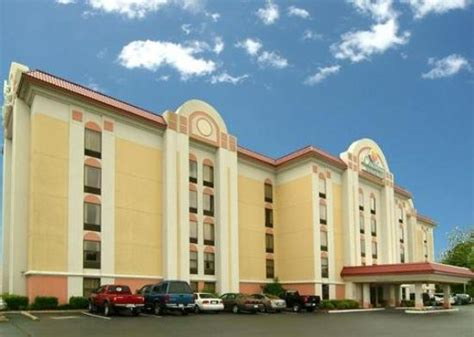 comfort inn suites little rock comfort inn suites airport little rock ar hotel